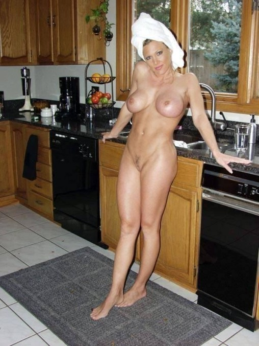 Real amateur wife got a bbc present hubby is filming 10