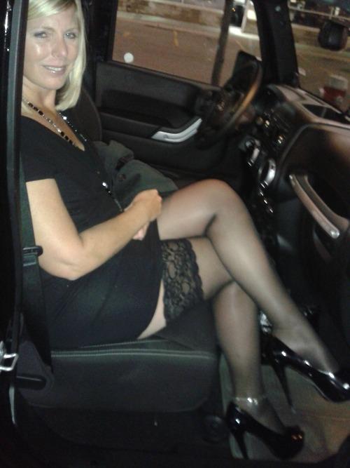 Nylon Women And Sexy Milfs 36