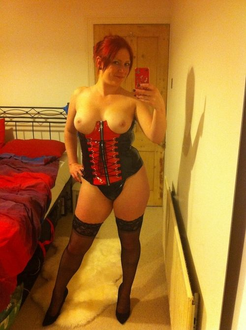 Latex Milf 115