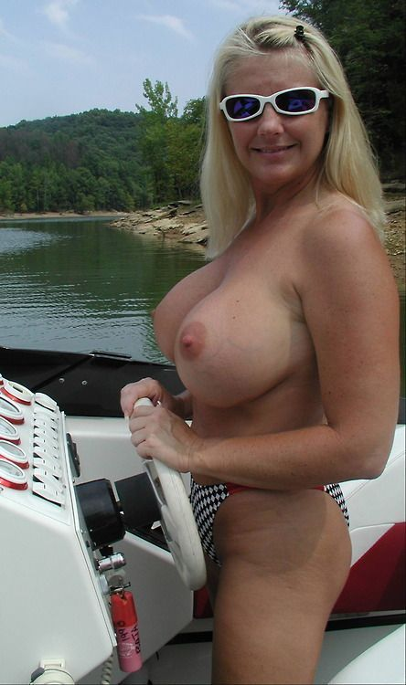 Nude In Public  Milf Update-2941