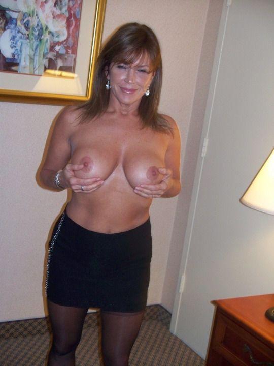Amateur Bikini Big Boobs