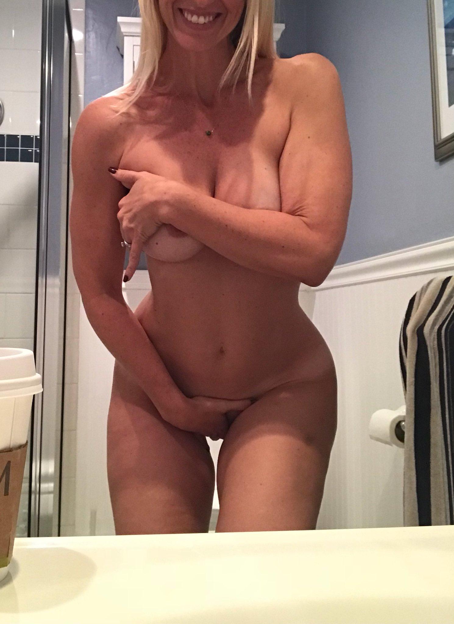 Huge fake tits milf